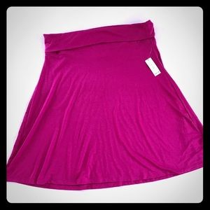 5/$20 Old Navy raspberry skirt L New